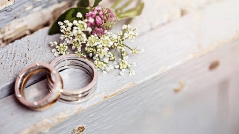 Menikahlah, Maka Pintu Rejeki Terbuka Untukmu