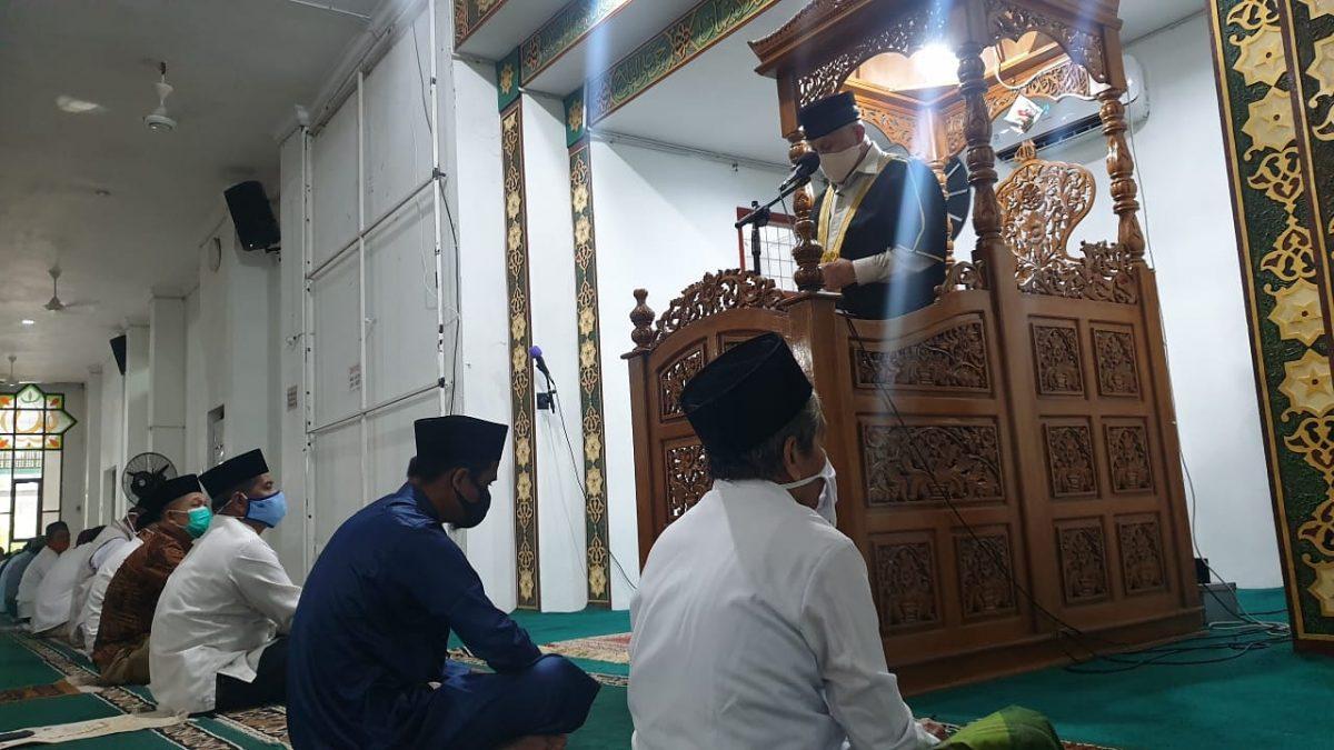 Khutbah Perdana Mahyeldi: Mari Renungi Kekuasaan Allah