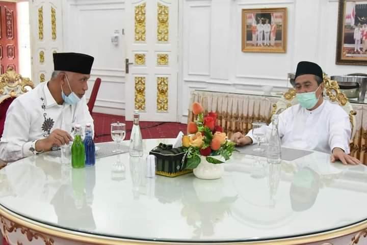 Bertemu Gubernur Riau, Mahyeldi Diskusikan Peluang Kerjasama Pembangunan