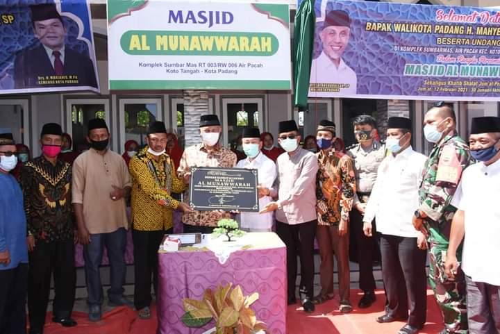 Wako Mahyeldi Resmikan Masjid Al Munawwarah Komplek Sumbar Mas Aie Pacah