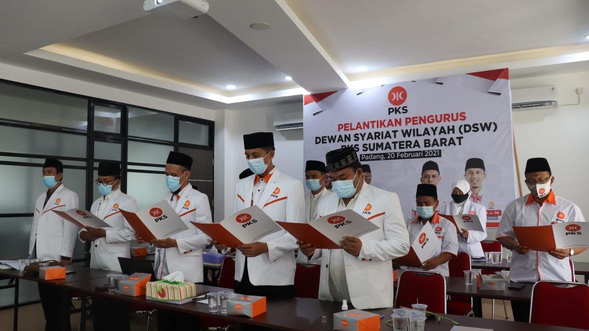 Dewan Syari'at Wilayah PKS se-Indonesia Dilantik