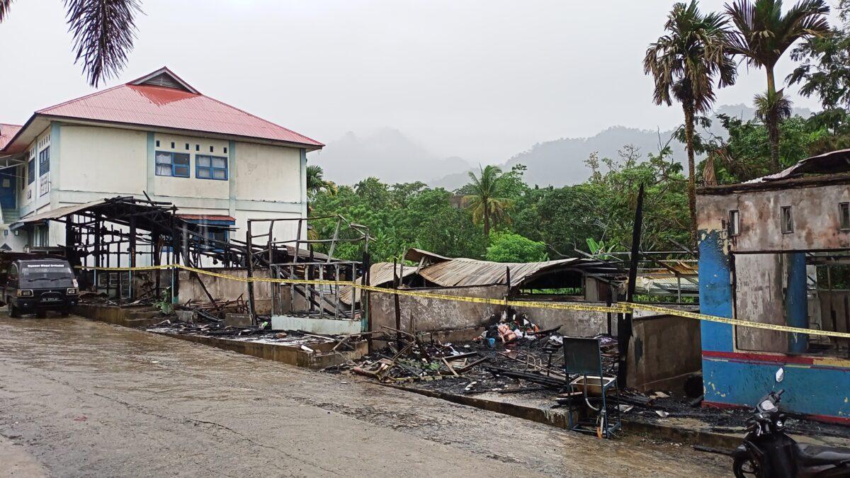Sebanyak 5 Kios Usaha Pesantren Ar Risalah Terbakar