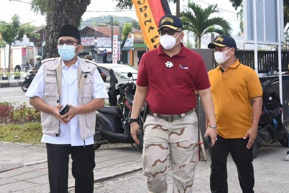 Idul Adha Hari ke Dua, Walikota Padang Hendri Septa Melakukan Penyembelihan Hewan Kurban di Lima Tempat Berbeda