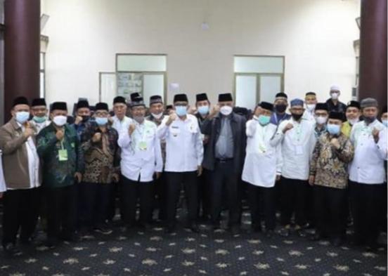 Japeri Terpilih Sebagai Ketua MUI Padang, Mulyadi Muslim Sekretaris Umum